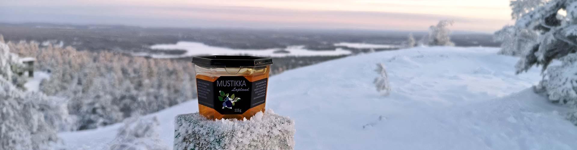 Im Geschmack des Blaubeer Lapland Honigs lassen sich Aprikose und Schokolade erahnen.