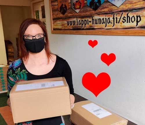 Ihre Honigbestellungen schicken wir Ihnen ganz praktisch per DHL aus unserem Warenlager in Deutschland.